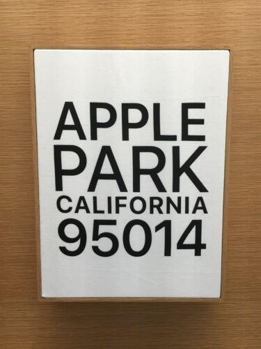 NEW BOXED! APPLE LOGO PARK HQ ADDRESS SZ MEDIUM WHITE w/ BLACK LETTER T-SHIRT
