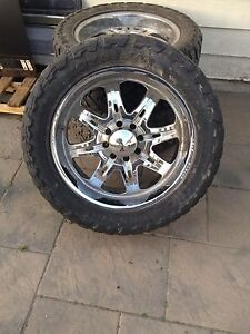 Price lowered need gone 24 inch wheels