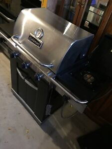 Cuisinart  natural gas bbq only $400 obo