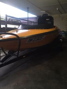 Flightcraft Banshee inboard ski boat Port Noarlunga South Morphett Vale Area Preview