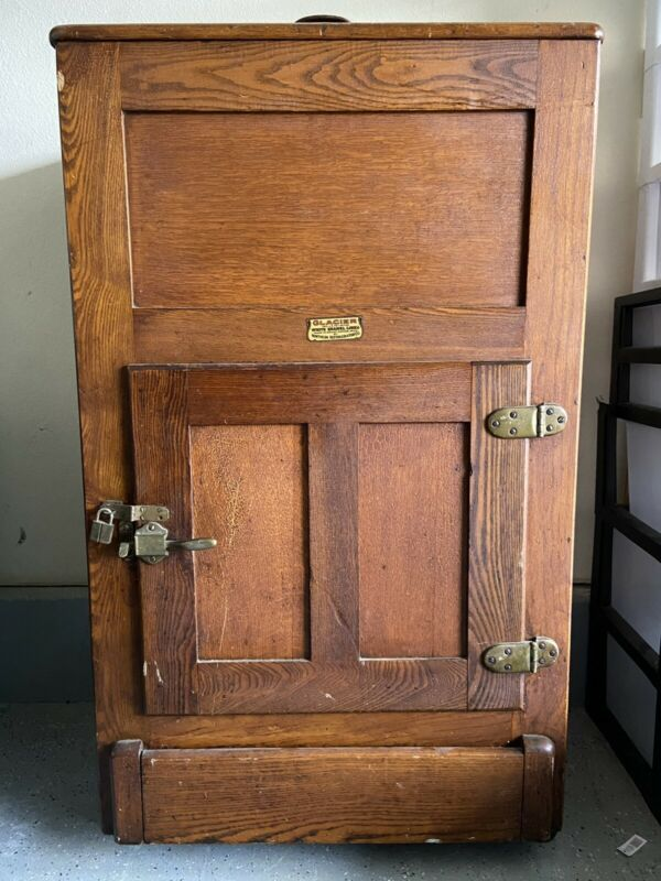 "Antique ""Northern Refrigerator Co"" Ice Box Refrigerator"