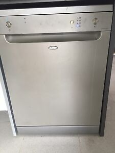 Dishwasher whirlpool Caboolture Caboolture Area Preview