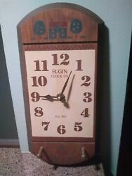 VINTAGE ELGIN CLOCK CO. wooden wall clock. HABERSHAM COUNTRY COLLECTION