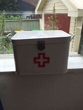 Retro style first aid box Windsor Hawkesbury Area Preview