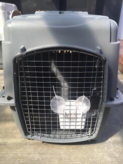 Excellent Condition Petmate Sky Kennel - Medium