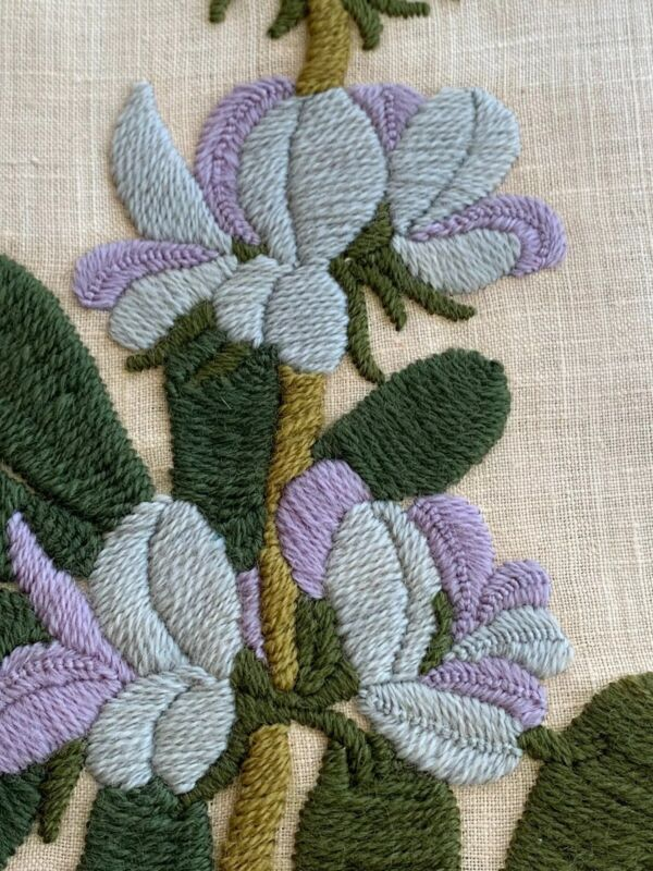 Iris Flowers by Paragon Crewel Embroidery #0123 Completed Finished