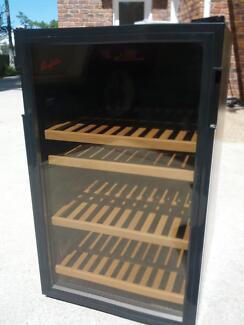 Vintec V30SG 'Penfolds' wine cabinet fridge Northgate Brisbane North East Preview