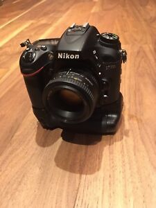 Nikon D7100 And  4 Lenses kit