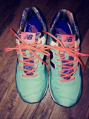 New Balance 574  ENCAP Women's Size 9 Running Shoe blue/ Aqua/ coral euc
