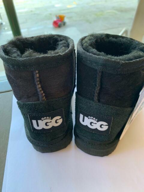 c32e1a4a0af Kids black opal ugg boots size 23 | Kids Clothing | Gumtree Australia ...