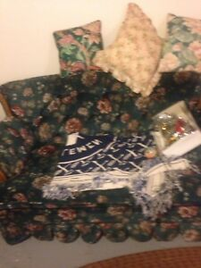 Selling couch