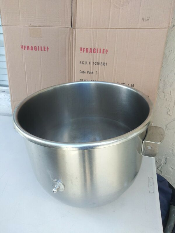 Univex stainless steel mixing Bowl 30qt