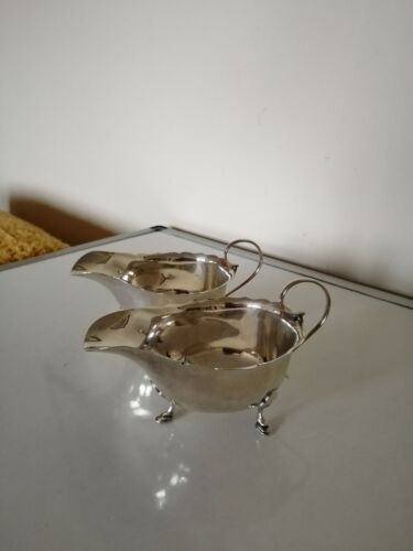 PAIR OF STERLING SILVER SAUCE BOATS  (SHEFFIELD 1904) MAPPIN AND WEBB. 200G