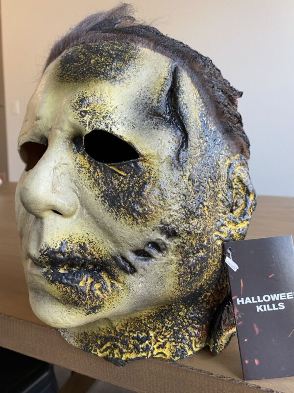 Officially Licensed Halloween Kills Michael Myers Mask Trick Or Treat Studios