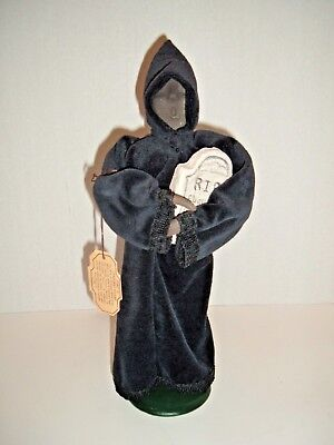 BYERS CHOICE CAROLER ~ Ghost of Christmas Future ~ First Ed ~ RARE CLAY FINGER
