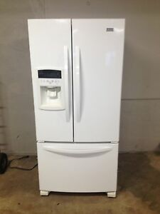 Kenmore elite fridge 2 years old Stratford Kitchener Area image 1
