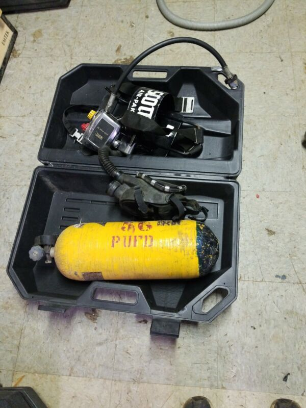 Scott Air-Pak II Self Contained Breathing Apparatus w/ Case  and aluminum  tank