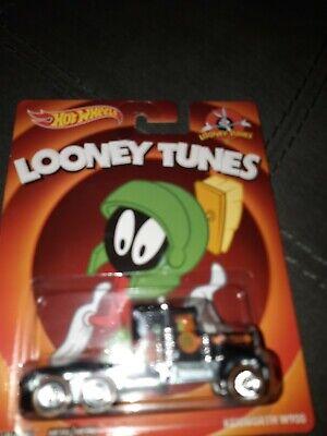 Hot wheels pop culture Kentworth W900 Looney Tunes