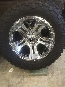 "XD 22"" on 37 X 13.5 r22 Nitto MT. BRAND NEW"