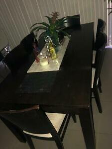 6 Seater dining Table, good condition