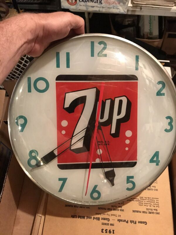 Vintage 7 Up Clock PAM Clock American Time Corp. INREDIBLE FACE/GLASS Doesnt Run