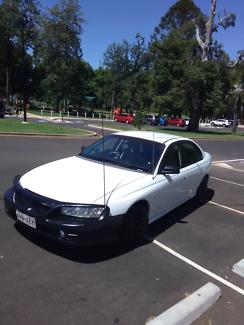 Vz Holden Commodore executive