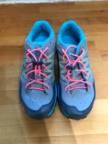 The North Face Girls Jr Hedgehog Hiking, Trail Shoes Size 2 Big Kid