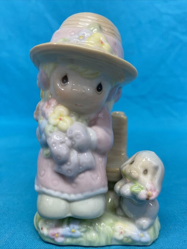 VINTAGE 1997 GIRL SITTING ON BENCH SALT & PEPPER SHAKERS PRECIOUS MOMENTS