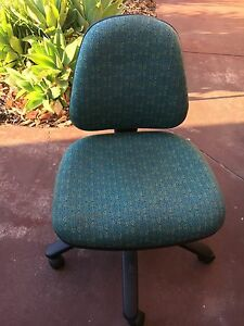 $10 office chair North Beach Stirling Area Preview