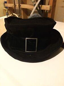 Retro Couture  brand hat