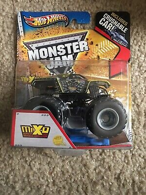 Hot Wheels Monster Jam 2012 Max-D Decade of Destruction Crushable Car NEW SEALED