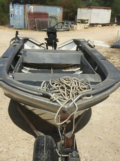 Dinghy boat 40 Mercury B.B. trailer tinny  stable