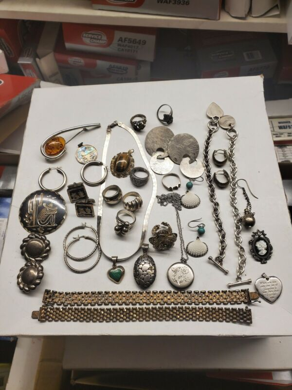 Vintage Sterling silver jewelry lot pendant, earrings,bracelets 330G  4 scrap F6