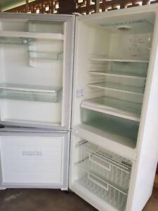 ( Can deliver) 380L fridge freezer frost free