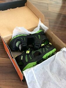 Merrill hydro rapid toddler shoes size 10w brand new