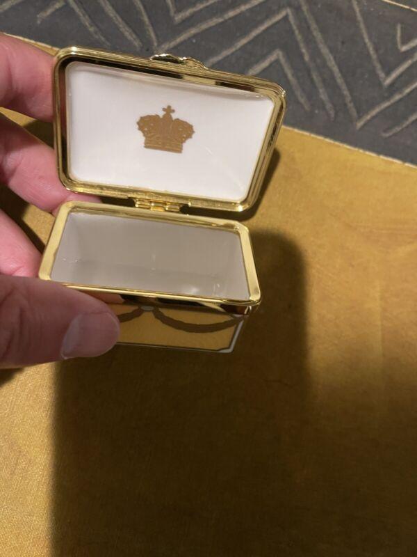 Rare Buckingham Palace Faberge Pill Jewelry Mini Box, no. 95