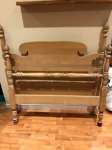 Antique Maple Twin HeadBoard, Footboard and Siderails