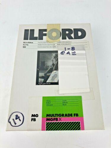 Open Box Ilford 5x7 in Glossy Multigrade FB Photographic Paper 45A23988 England