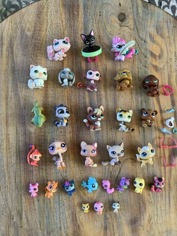 Little Pet Shop LPS lot Of 28 Pets