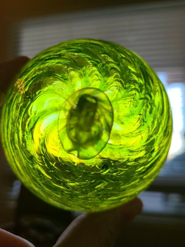 "4"" Hanging WITCH BALL Hand Blown Art Glass  Scrying Orb Green Yellow 7up Sprite"