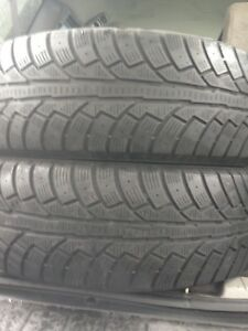 2-235/70R16 Westlake winter tires