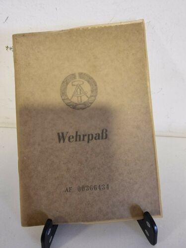 DDR GDR East Germany Army Wehrpass NVA National Volksarmee Service Card PILOT