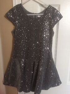 Sparkly girls dress size 8 just like new