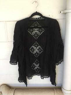 Womens size 10 summer cover jacket