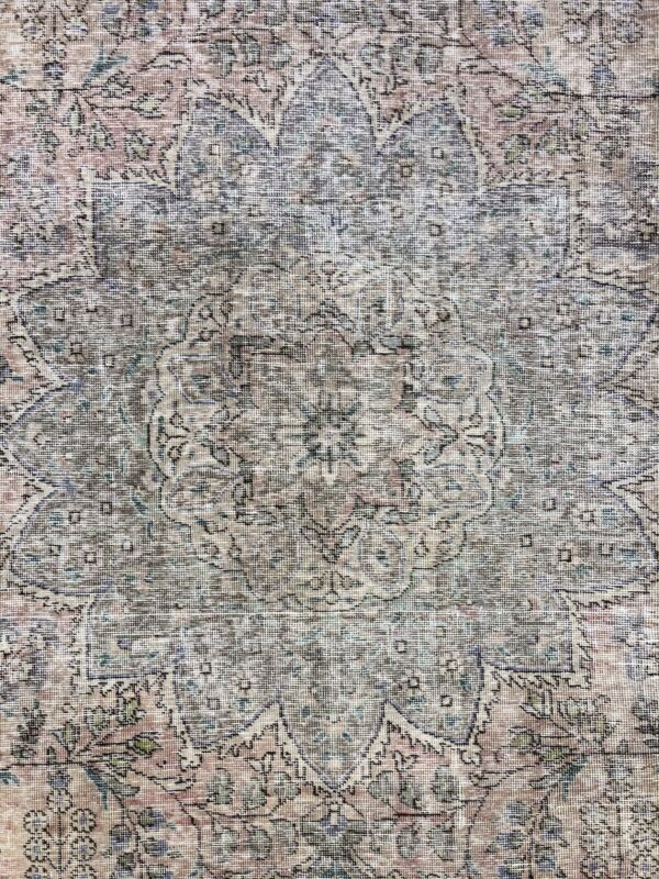 Fantastic Floral - 1940s Antique Distressed Rug - Handmade Carpet - 10 X 12.9 Ft
