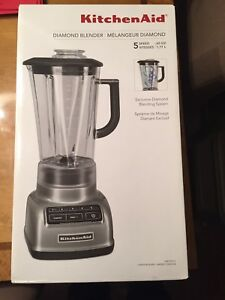 BNIB kitchenaid blender