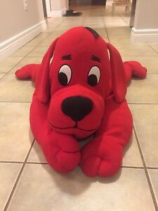 Stuffed Clifford the Dog (large)
