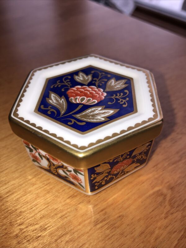 ROYAL CROWN DERBY English China Six Sided Trinket Box EUC
