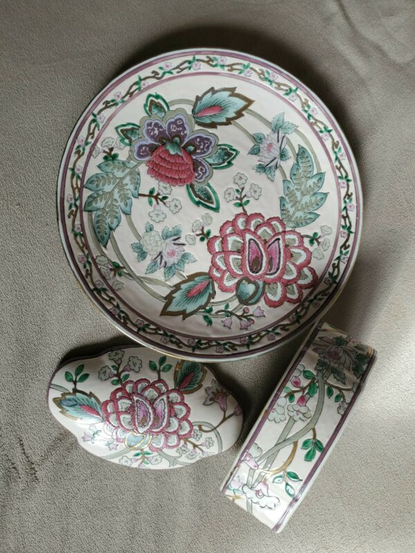 """Decorated Oriental Asian Plate Flowers 10"""". Trinket box 6.25"""" Hand painted."""