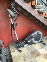 Golds gym 510 stride Elliptical Trainer Sylvania Sutherland Area Preview